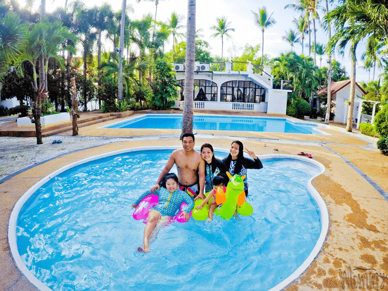 Taal Imperial Hotel and Resorts + Flower Girl