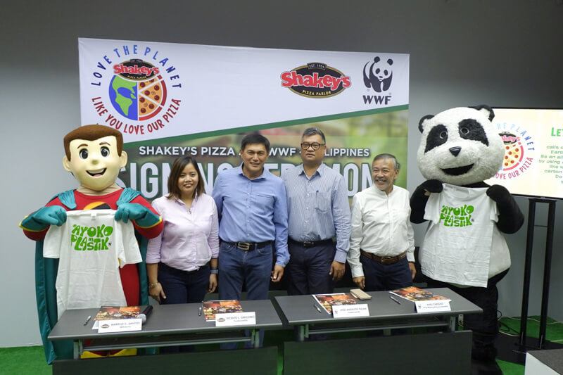 "Shakey's Inspires Guests: ""Love the planet like you love our pizza"""